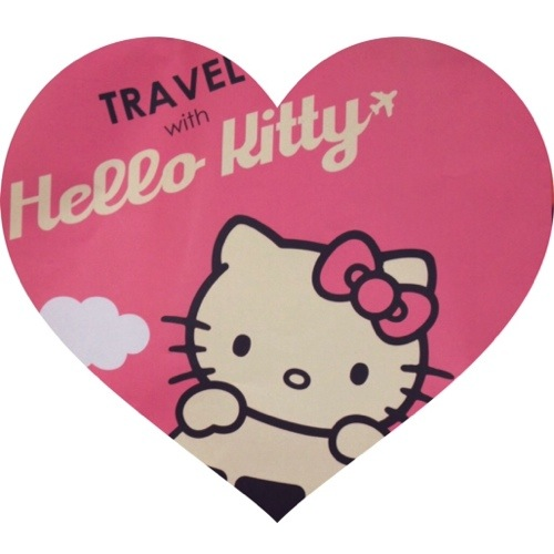 Eva Airlines Hello Kitty www.catcherinthestyle.com