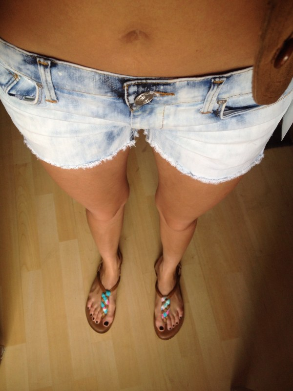 demin hudson shorts thania peck catcher in the style