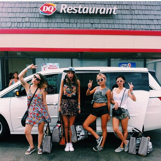 Vans girls Thania Peck Amber Asaly
