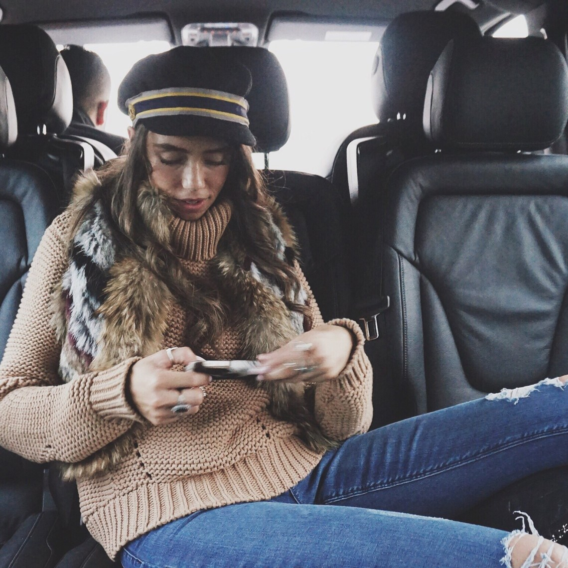 Amsterdam joes jeans, denim, fur, Thania Peck, fashion blogger