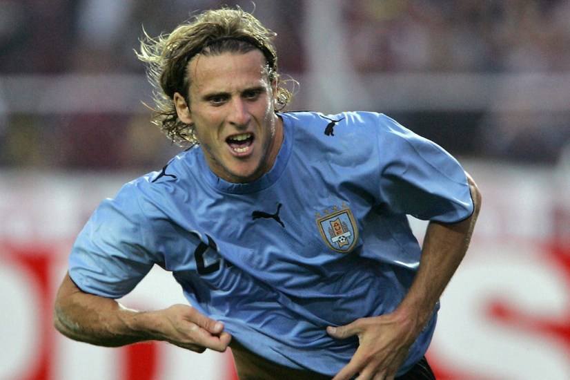 Diego Forlan: The finest Uruguayan player since... Alvaro Recoba?