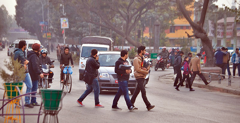 Traffic cops to fine jaywalkers fro today. Image Credit: The Kathmandu Post