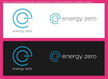 """Una consultora para la optimización de la energía en empresas y hogares. Ahorro económico y energético, con una clara vocación medioambiental. Realizamos propuestas de naming y de logotipos, de los que resultó elegido el presente logotipo. Un símbolo en el que la """"e"""" y el """"0"""" forman un conjunto que recuerda al botón de apagado. Elegimos un azul muy puro, muy cercano al cyan, que produce sensaciones de limpieza, aire, oxígeno, e incluso eléctrico. Funciona muy bien tanto sobre fondo claro como sobre fondo oscuro. La tipografía es una helvética light retocada y personalizada especialmente para darle una apariencia más moderna a la marca."""