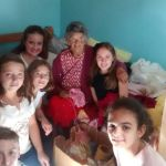 Crianças da 1ª Eucaristia visitam Asilo Pe. Euclides