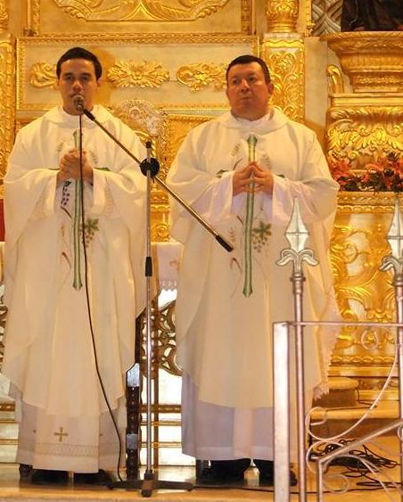 Padre Víctor Hugo Villatoro + Padre Carlos Santizo