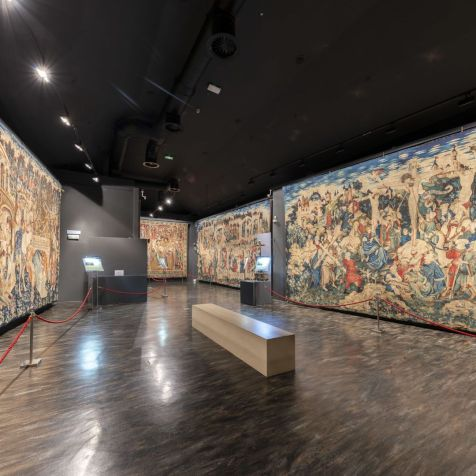 negra-Museo-Tapices-SEO-Zaragoza-32