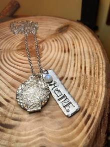 "HOME with the letter 'O' hand stamped with the state of Washington outline includes pearl silver essential oil diffuser locket 30""silver chain. $32"
