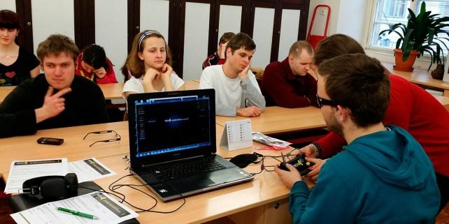 A Praga amb el simulador computeritzat Desenvolupat per T4F