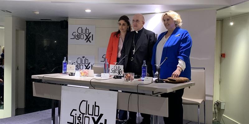 Cardenal Osoro en el Club Siglo XXI: Dios es Amor. La cultura del encuentro comienza por esta acogida