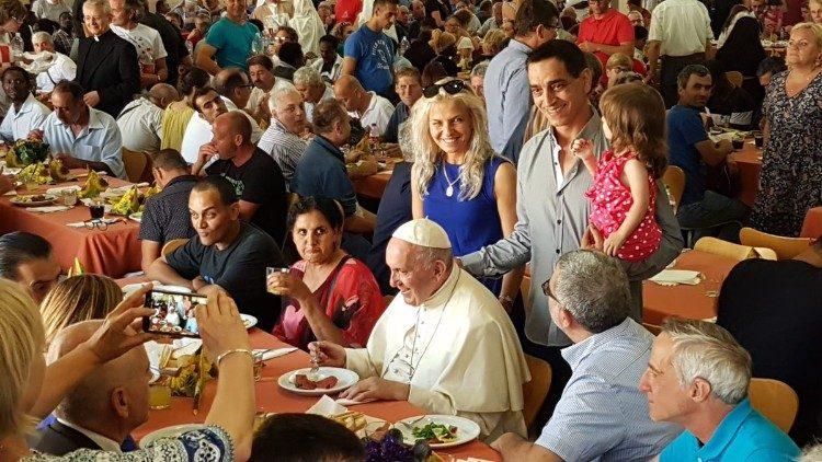 Audio-Evangelio Domingo 33 del Tiempo Ordinario Ciclo A, Jornada Mundial de los pobres