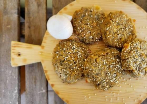 Burger-di-lupini-con-asparagi-al-sesamo-cucina-al-naturale