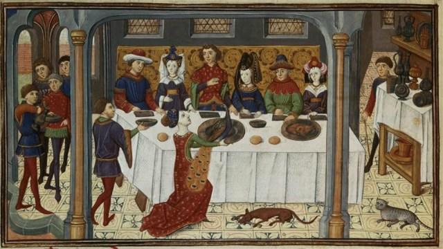 cucina-medievale-tavola