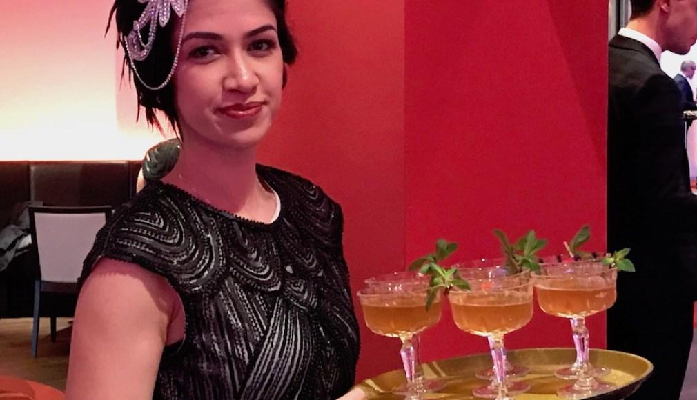 PARAMOUR Cocktails zur Begrüßung in der Champagnerschale.