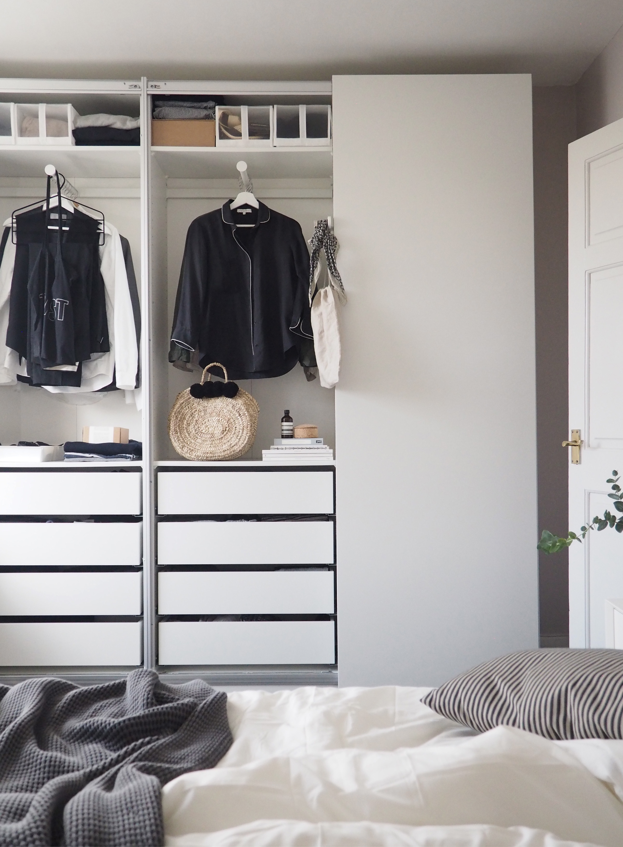Bedroom Updates: Getting Organised With IKEA PAX Wardrobes ...