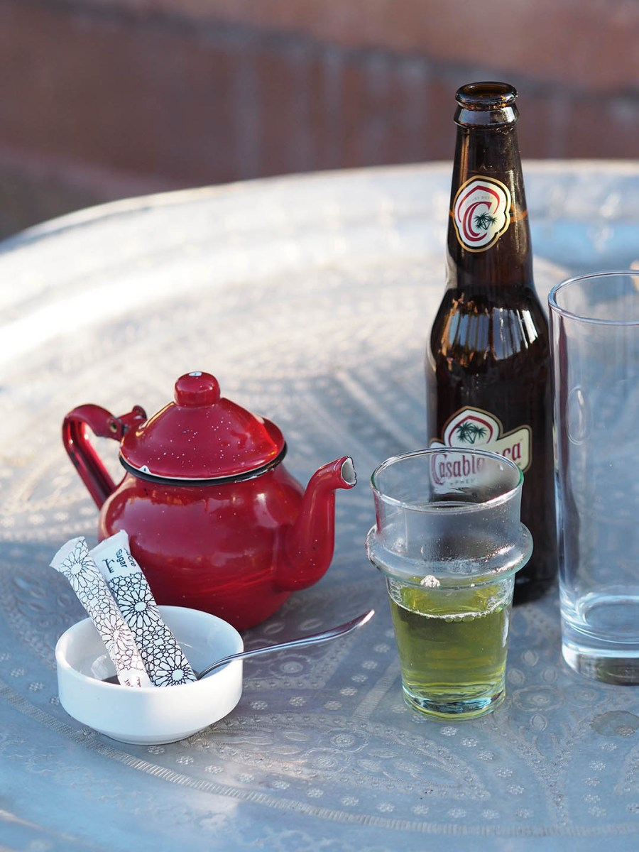 cultural guide to Marrakech - drinks on El Fenn rooftop