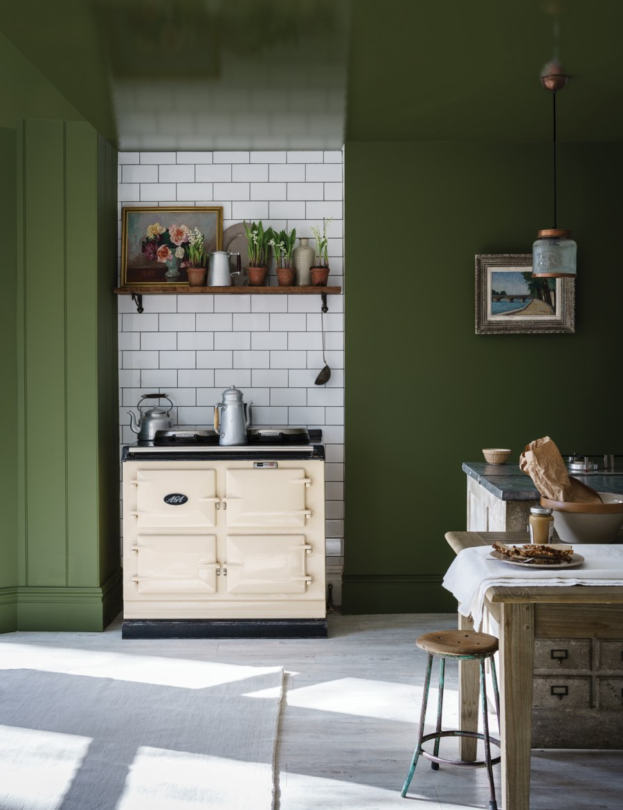 Wall Colour Inspiration: Colour Crush: Green Interior Inspiration