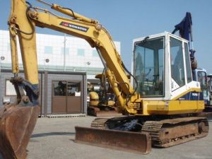 Komatsu PC40-6 Hydraulic Excavator Operation Maintenance Owners Manual