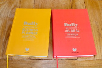 Daily Greatness Business Planner and Journal Duo