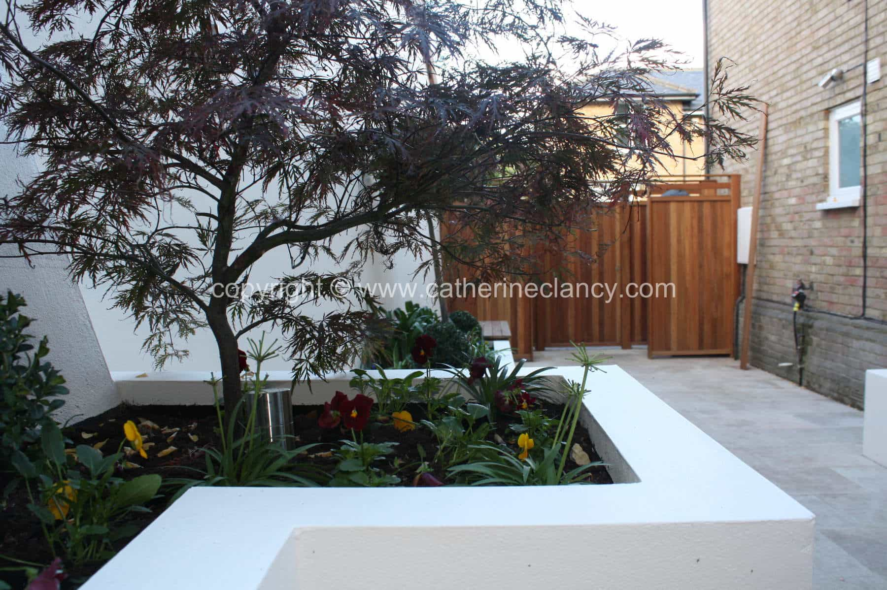 chic-courtyard-9