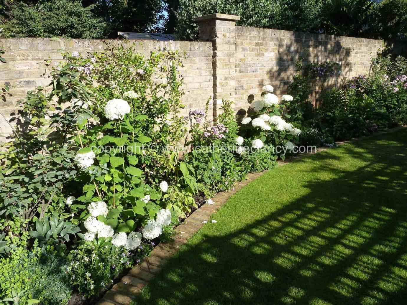 victorian-north-facing-garden-10
