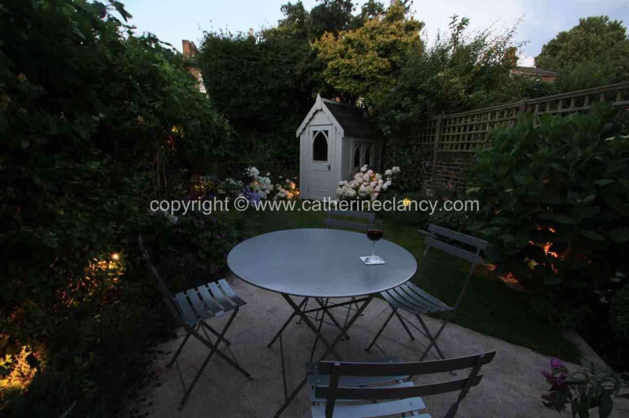 long-thin-terraced-garden-9