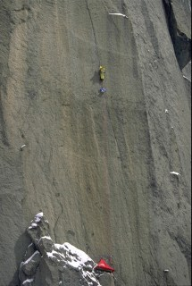 © S.Chappaz, Catherine Destivelle opening alone a new route on the Drus.
