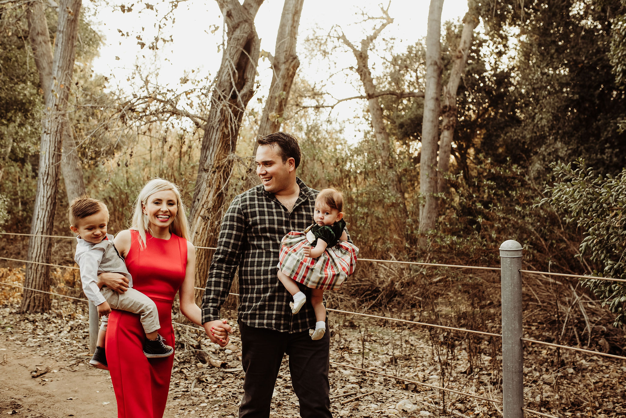 mom dad babies hiking christmas photography session mission trails regional park san diego {virginia beach chesapeake lifestyle child couples family military homecoming photographer holistic healer transformational mentor}