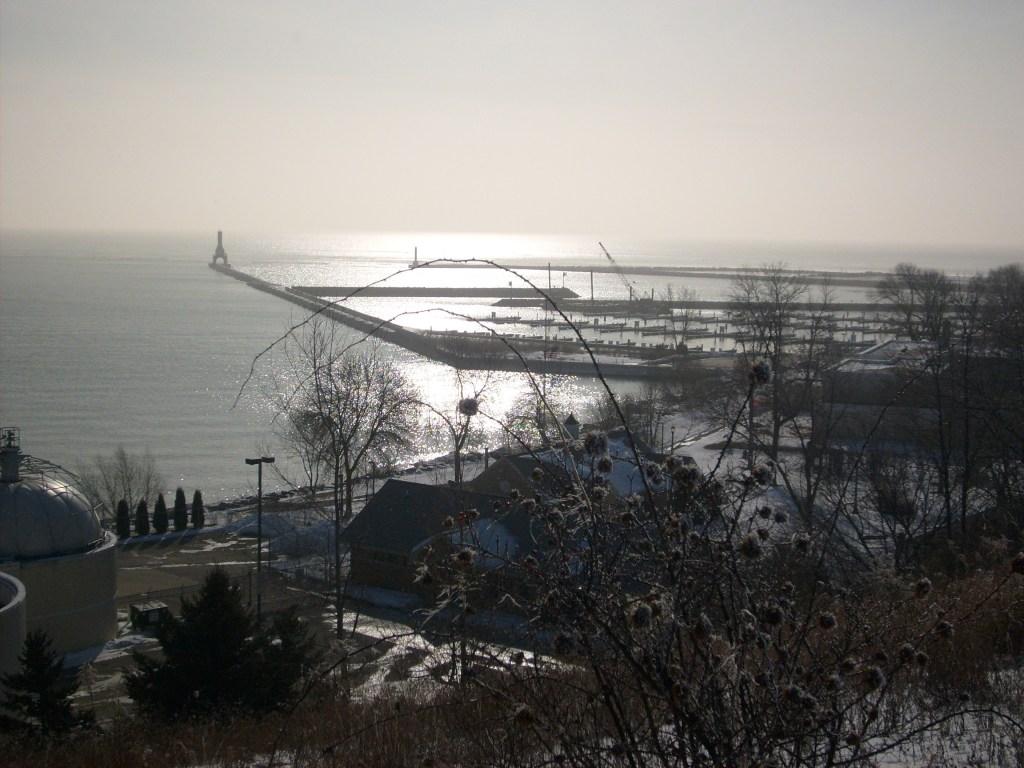 Port_washington_from_bluff