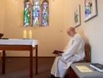Priests Abandon online