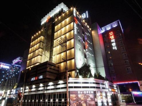 Film 37.2 Suwon Hotel