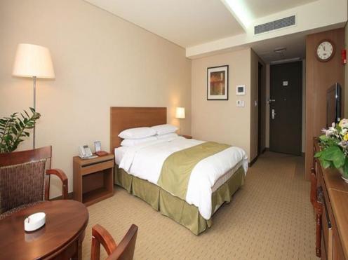 Goodstay Ramada Dongtan Hotel