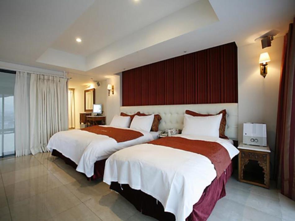 Mate Hotel Suwon