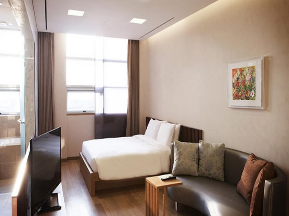 Mayfield Suites