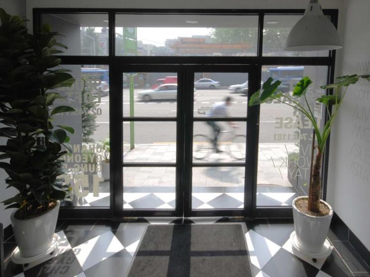 Seoul Loft Apartments / SLA