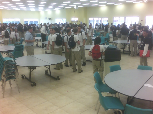 09-02-23_amhs-cafeteria-2