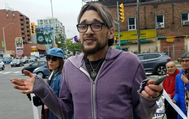Marie-Claire Bissonnette's attacker defending abortion in cases of rape, moments before the attack, Toronto, Sept. 30, 2018.