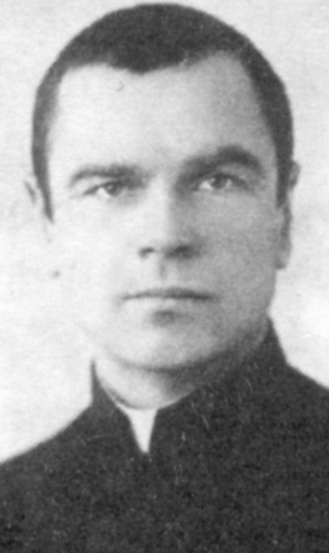 Father Janis Mendriks