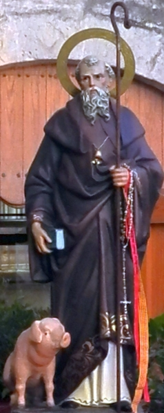 statue of Saint Anthony the Abbot; date and artist unknown; Gandesa, Spain; photographed on 17 January 2015 by Marc Jornet Niella; swiped from Wikimedia Commons