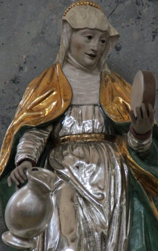 detail of a statue of Saint Gunthildis of Suffersheim, date and artist unknown; church of Saint Walburga, Beilngries, Germany; photographed on 1 September 2012 by Mattana; swiped from Wikimedia Commons