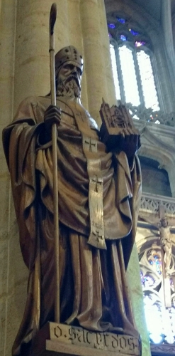 statue of Saint Sacerdos of Lyon, date and artist unknown; Church of Saint Nizier, Lyon, France; photographed on 7 April 2018 by Majella1851; swiped from Wikimedia Commons