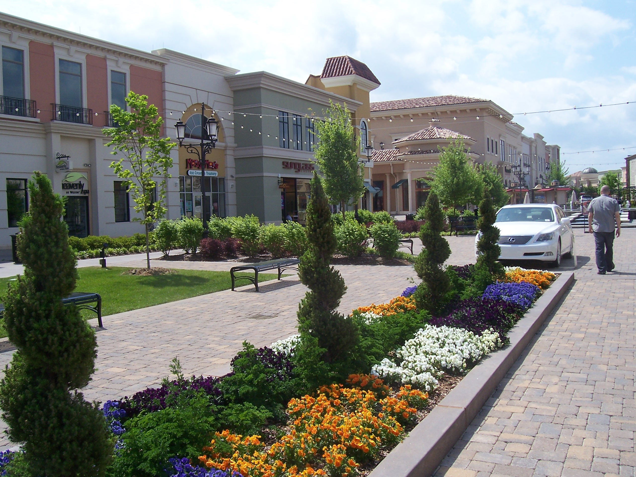 Bridge Street Towne Centre
