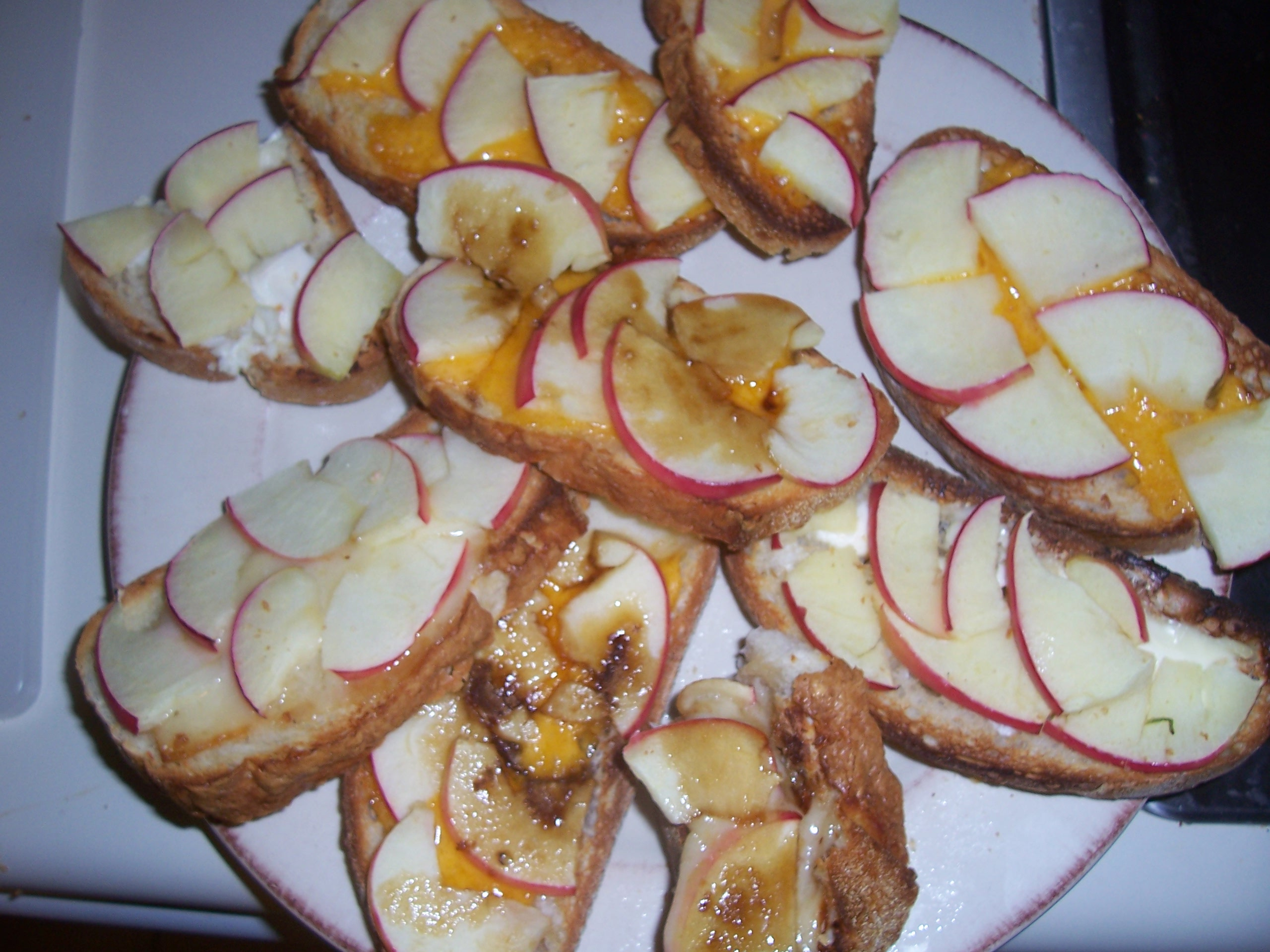 Apple and cheese sandwiches