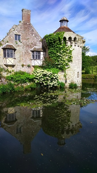 ©2016-cathy-read-landscape-artist-of-the-year-scotney-castle-painting-my-choice-of-view