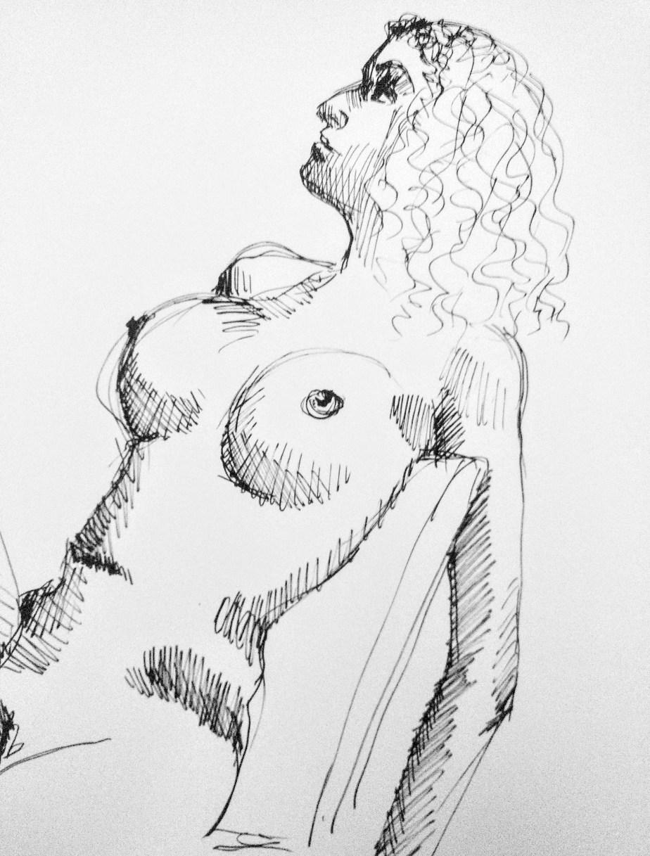 Desenho de modelo feminino trans nu, em caneta posca, realizado durante Prática de modelo vivo com Rafa Coutinho e Laerte no espaço Breu em 2019.