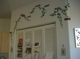 Perhaps the most commented-on piece of my kitchen is my vine wall art. You can see it from the street!