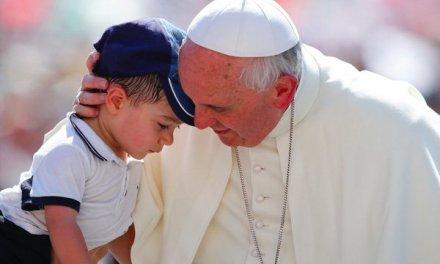 Las Críticas contra el Papa
