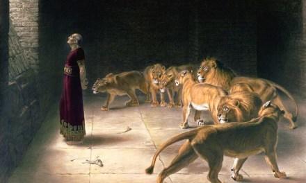 Dios parece hablar poco