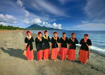Jailolo Ik Kom! - Pesona alam, budaya dan kuliner Jailolo, Halmahera Barat yang tiada duanya.