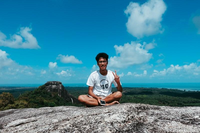 1. Bukit Batu Baginde Bukit atau Batu Baginda adalah tempat wisata di Belitung yang belum banyak orang tahu