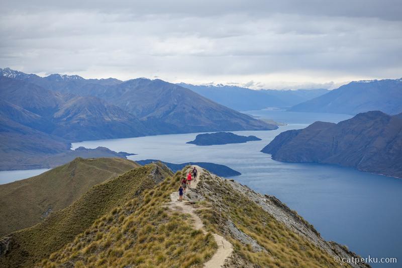 Saya pengen ke Roys Peak setelah melihat fotonya di instagram New Zealand Tourism